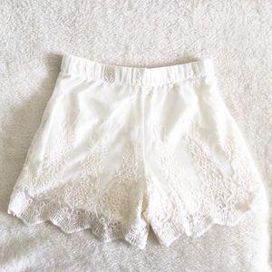 Rebellion Boho White Lace Elastic Waist Shorts SM